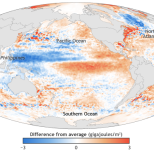 StateoftheClimate2015_oceanheatcontent_map_and_graph_620_0